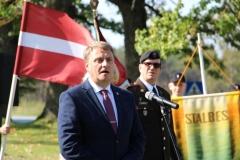Skolnieku rotas karoga maiņas ceremonija
